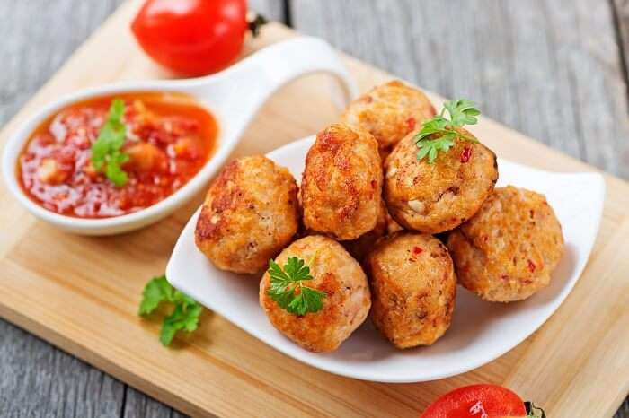 chicken meatballs in a plate