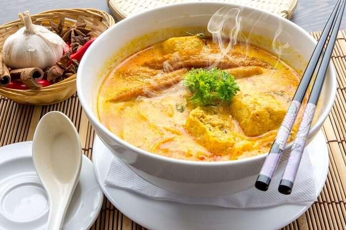 singapore soup noodles