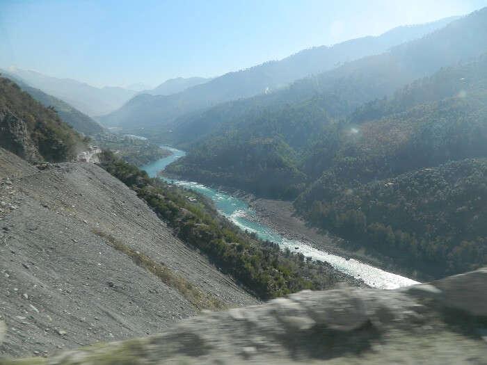 Chinav River on the way to Srinagar