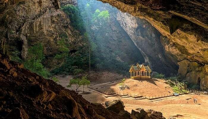 Khao Mai Kaew Cave