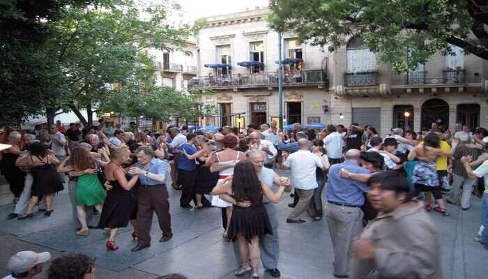 Street Dancing Milonga