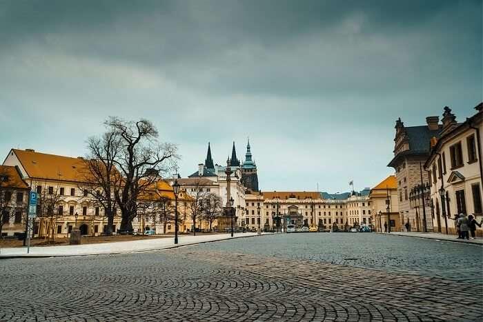 weather in Prague during summer