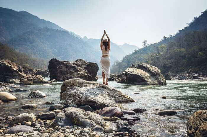Top 13 Yoga Retreats In Rishikesh For A 2019 Spiritual Escape