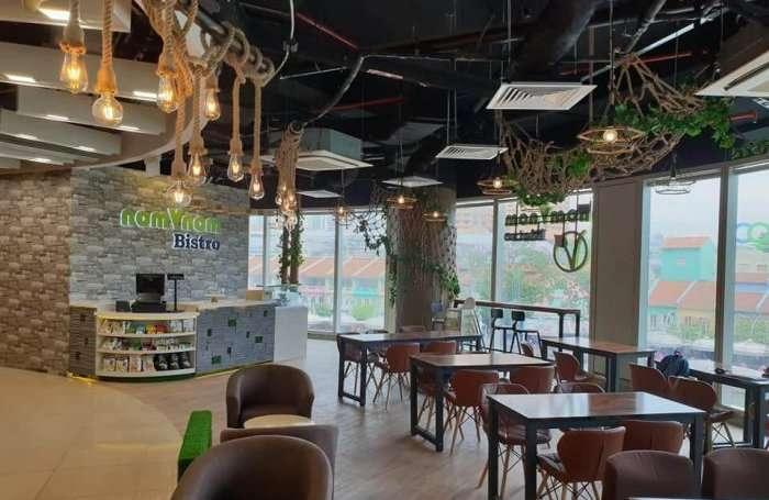interiors of nomvnom in singapore