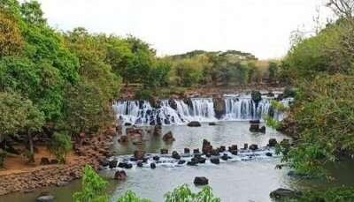 Giang Den waterfall