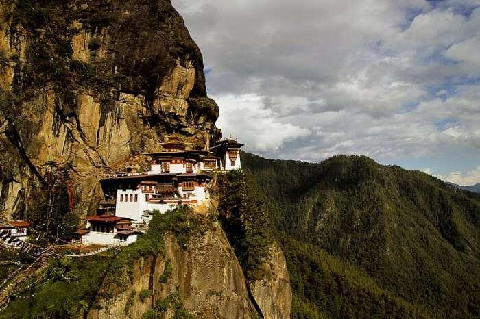 Popular Buddhist site