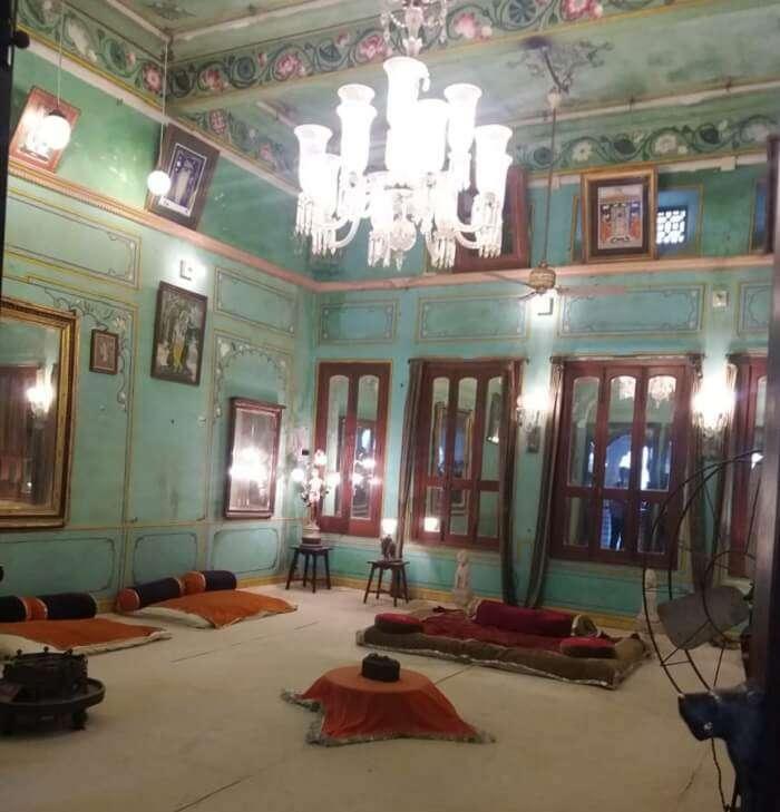 royal interior of the palace
