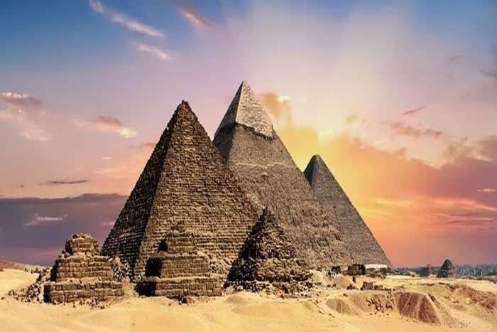 Visit The Pyramids Of Giza
