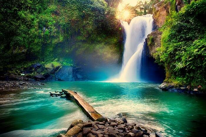 kashmir waterfalls
