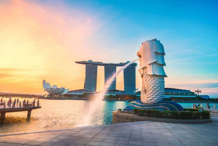 gorgeous merlion in evening