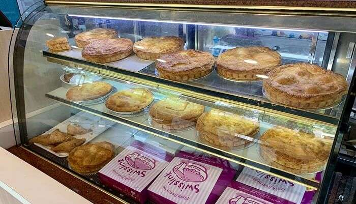bakery in singapore