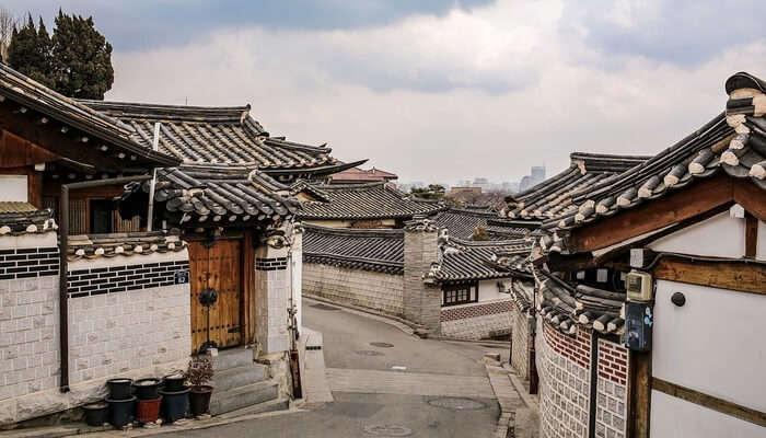 Bukchon_Hanok_Village