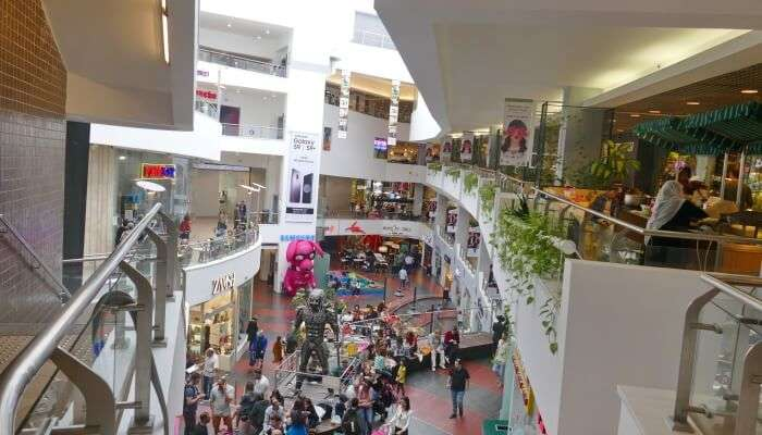 Dizengoff Center In Tel Aviv