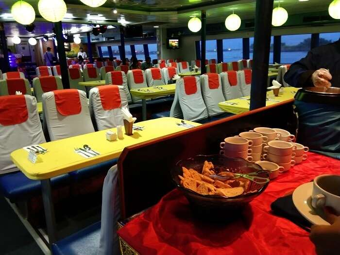 dinner on the cruise