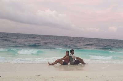 Cover - Nitesh'sHoneymoon In Maldives