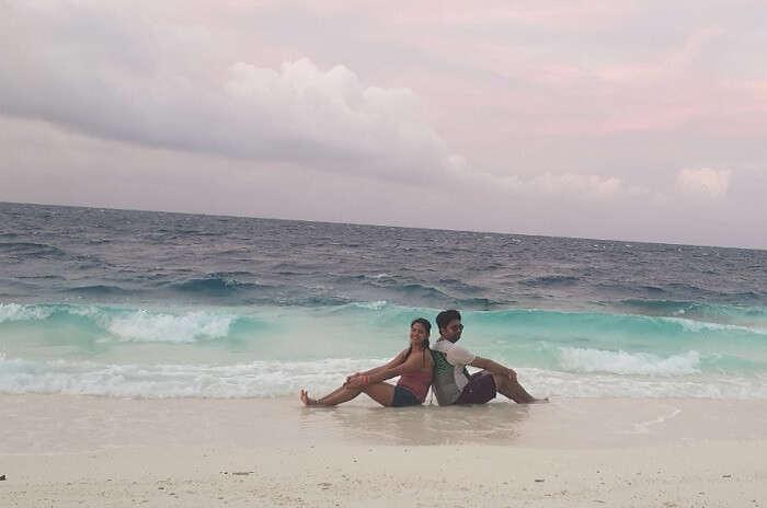 Cover - Nitesh'sHoneymoon In Maldives