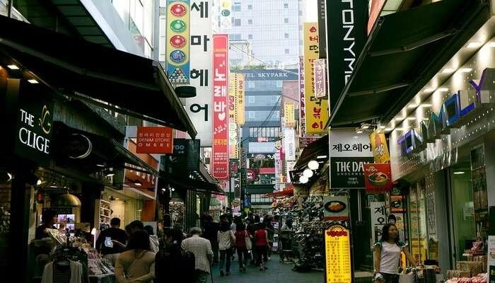 Myeong-dong_Market