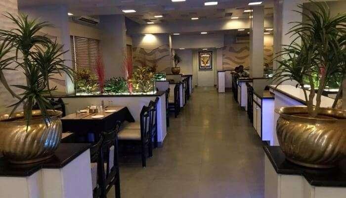 Tulsi Restaurant In Bhavnagar