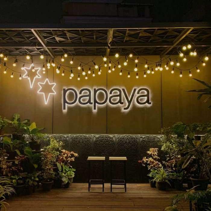 Papaya cafe