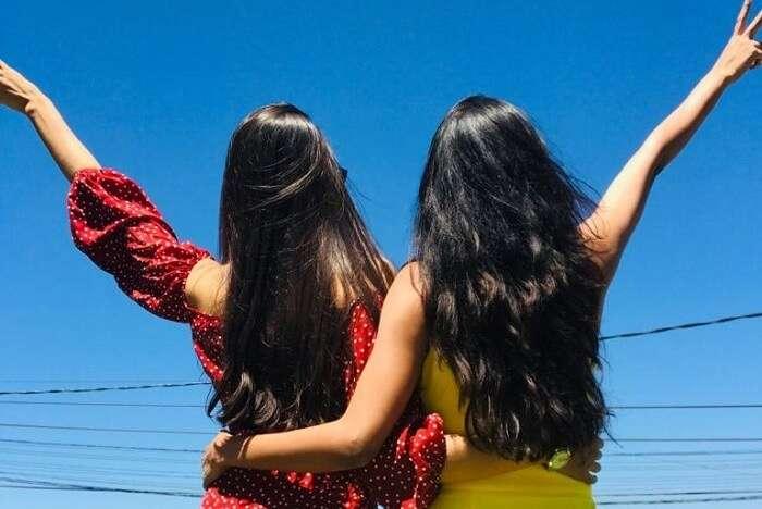 priya sri lanka back with friend