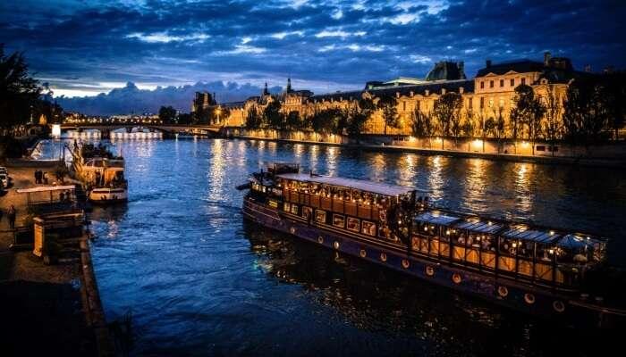 Bateaux Parisiens Seine River Dinner Cruise