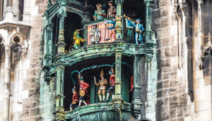 Catch The Glockenspiel Show