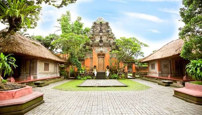 Ubud Palace front view
