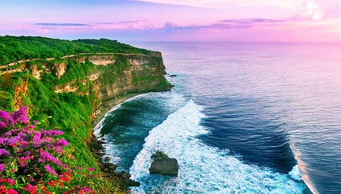 Uluwatu shore