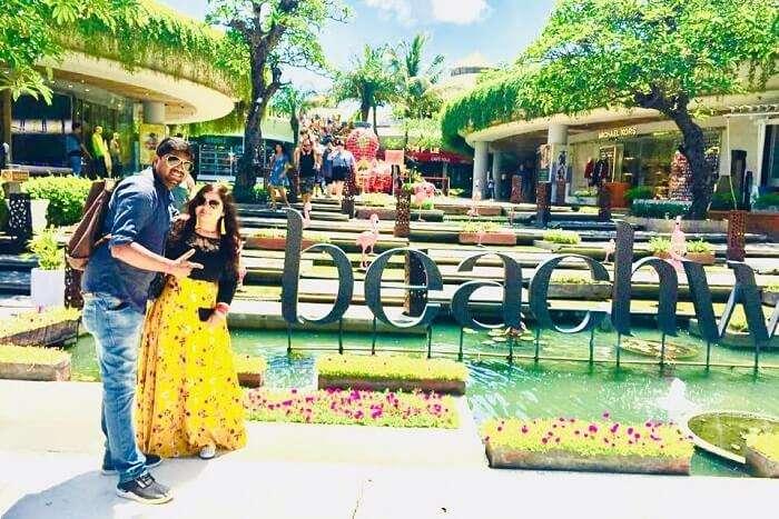 cover - Deepak Kumar Honeymoon Trip To Bali