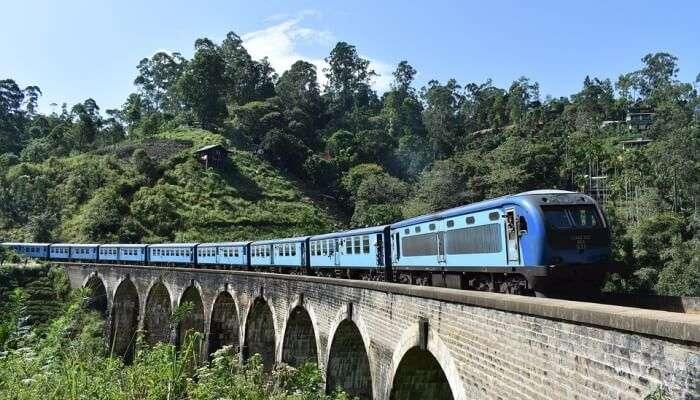 Train Asia Kandy Railway Ella Travel Sri Lanka