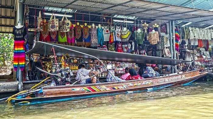 Bangkok Thailand Damnoen Saduak Floating Market