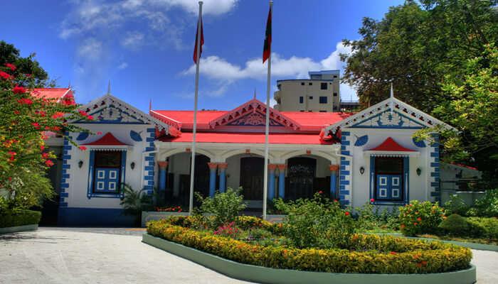 Mulee-aage Palace
