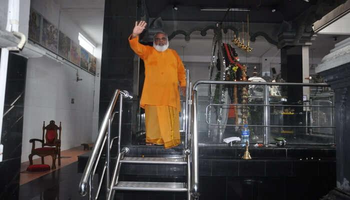See 5-faced Hanuman Statue - Sri Anjaneyar Temple Dehiwala