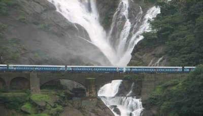 Delhi To Goa Trains