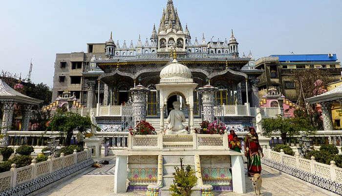 Koottamundu Glass Temple