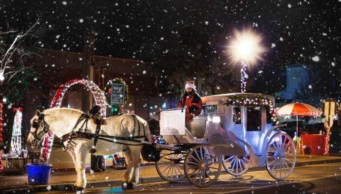 Christmas Snowing Winter Wagon Horse Carriage
