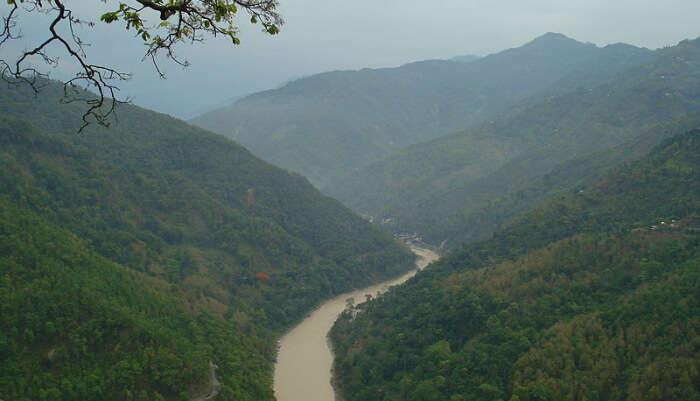 Go River Rafting In The Teesta River