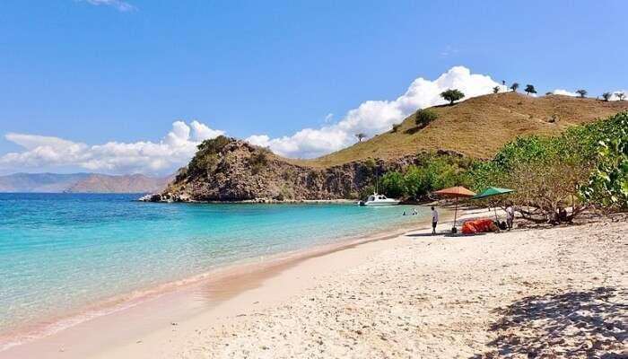 Tangsi Beach