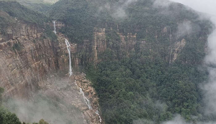 saw the famous seven sister falls