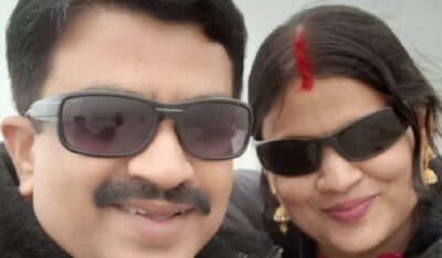 clicked a selfie with wife