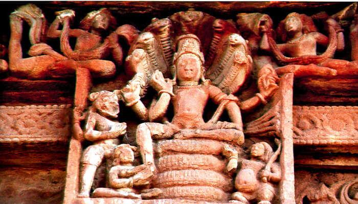idol of lord vishnu