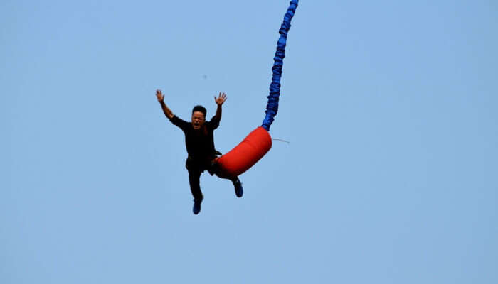 Man In a Bungee