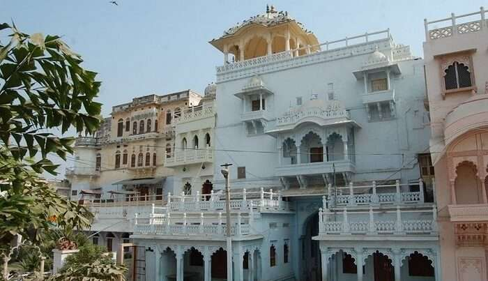 beautiful structure of the palace