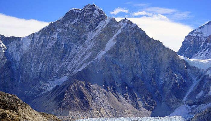 Snow Clad Everest Mountains