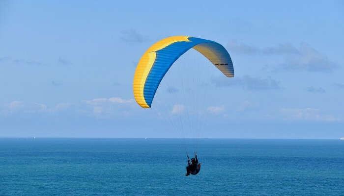 Paragliding In Long Kee Wan