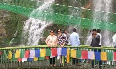 visited to the beautiful waterfalls in sikkim