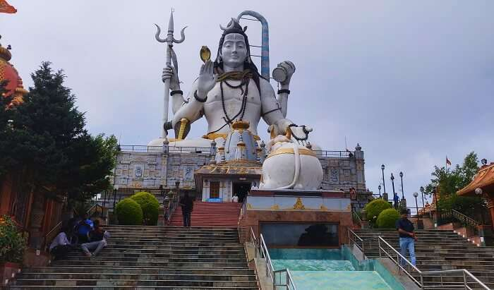 the gigantic statue of Lord Shiva