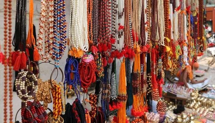 Shopping In Varanasi Cover