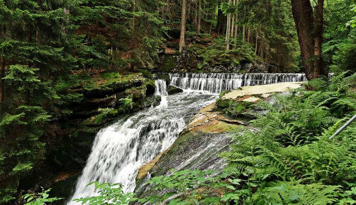 Waterfall Trekking Place