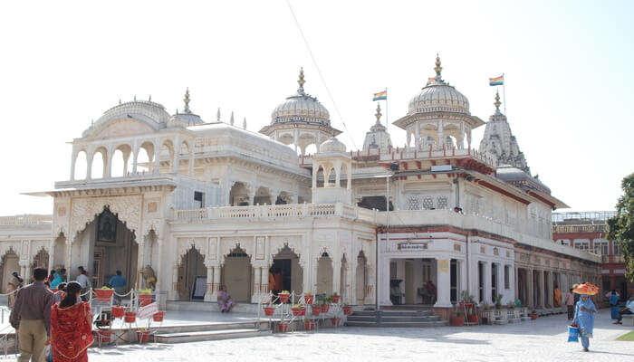 The Shri Mahavir Ji Temple
